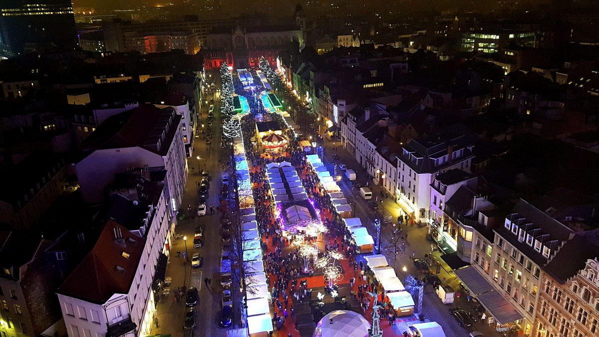 A view of the Christmas markets from above.