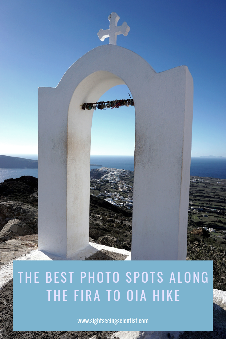 The best sphoto spots along the Fira to Oia hike pin.