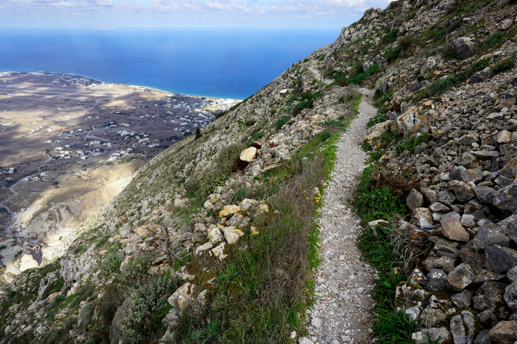 The hiking trail from Mt. Profitis Ilias down to Ancient Thera.