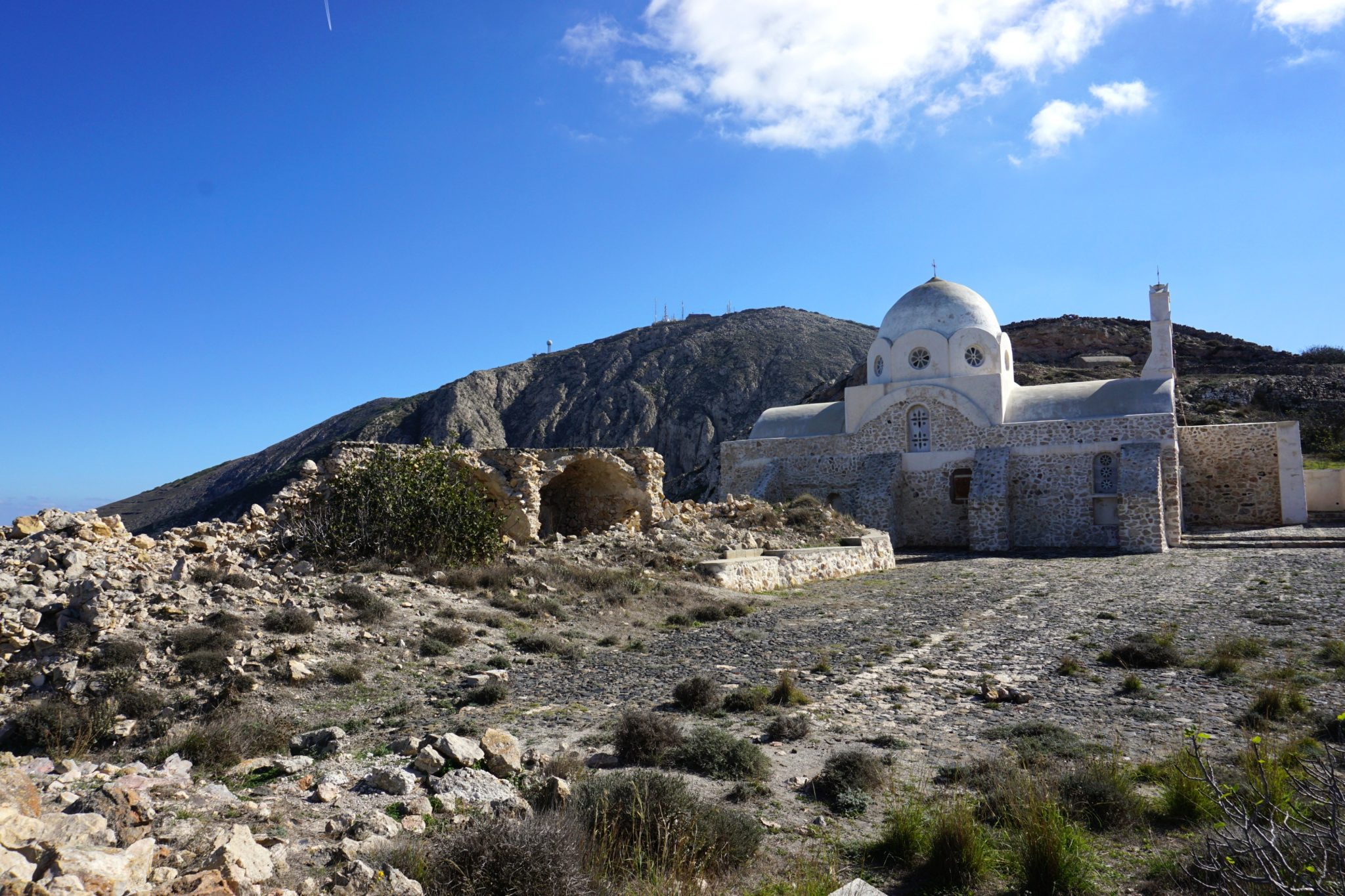 A little church on the hiking trail between Pyrgos and the Profitis Ilias Monastery.