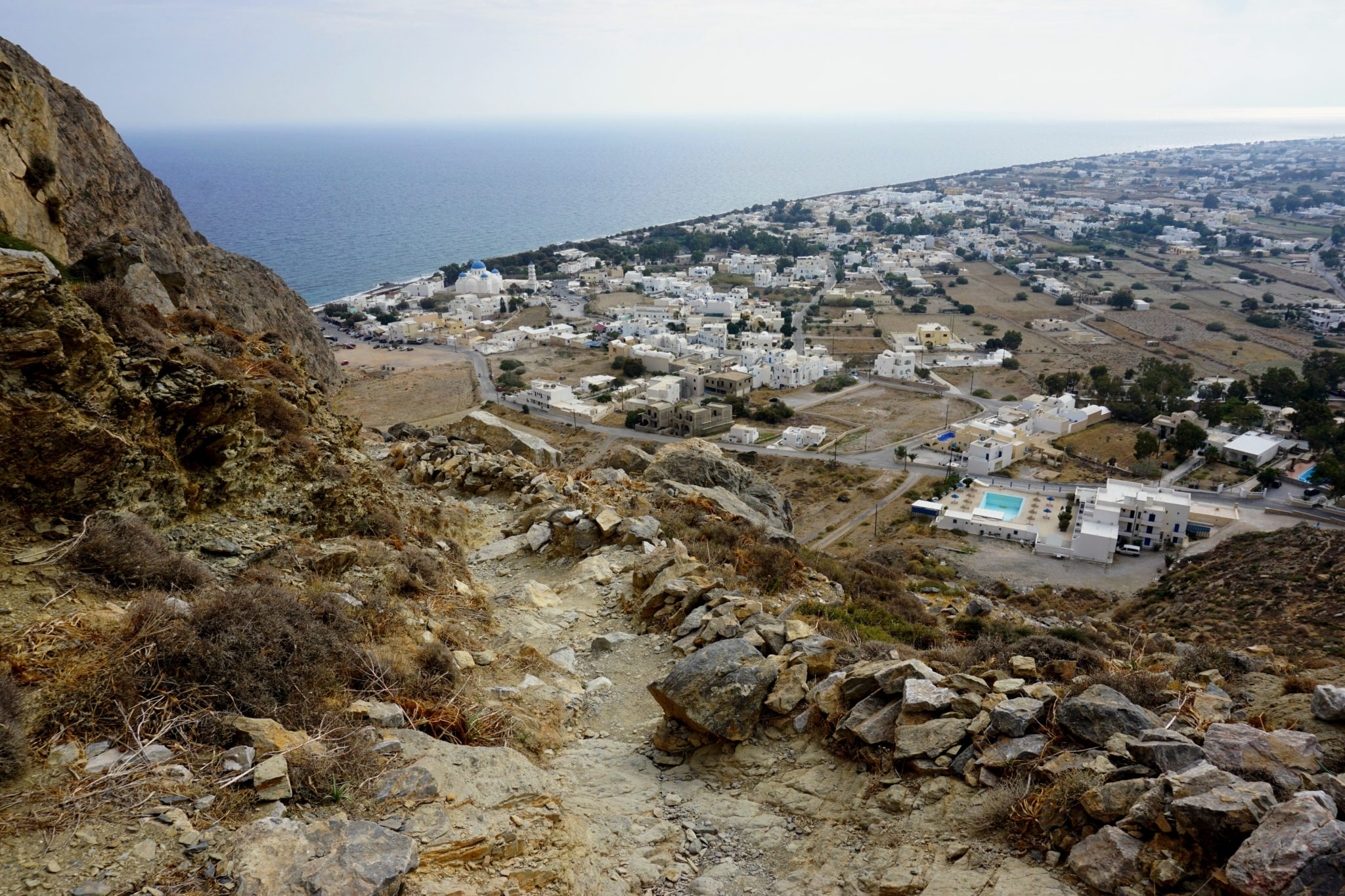 The hiking trail down from Ancient Thera to Perissa.