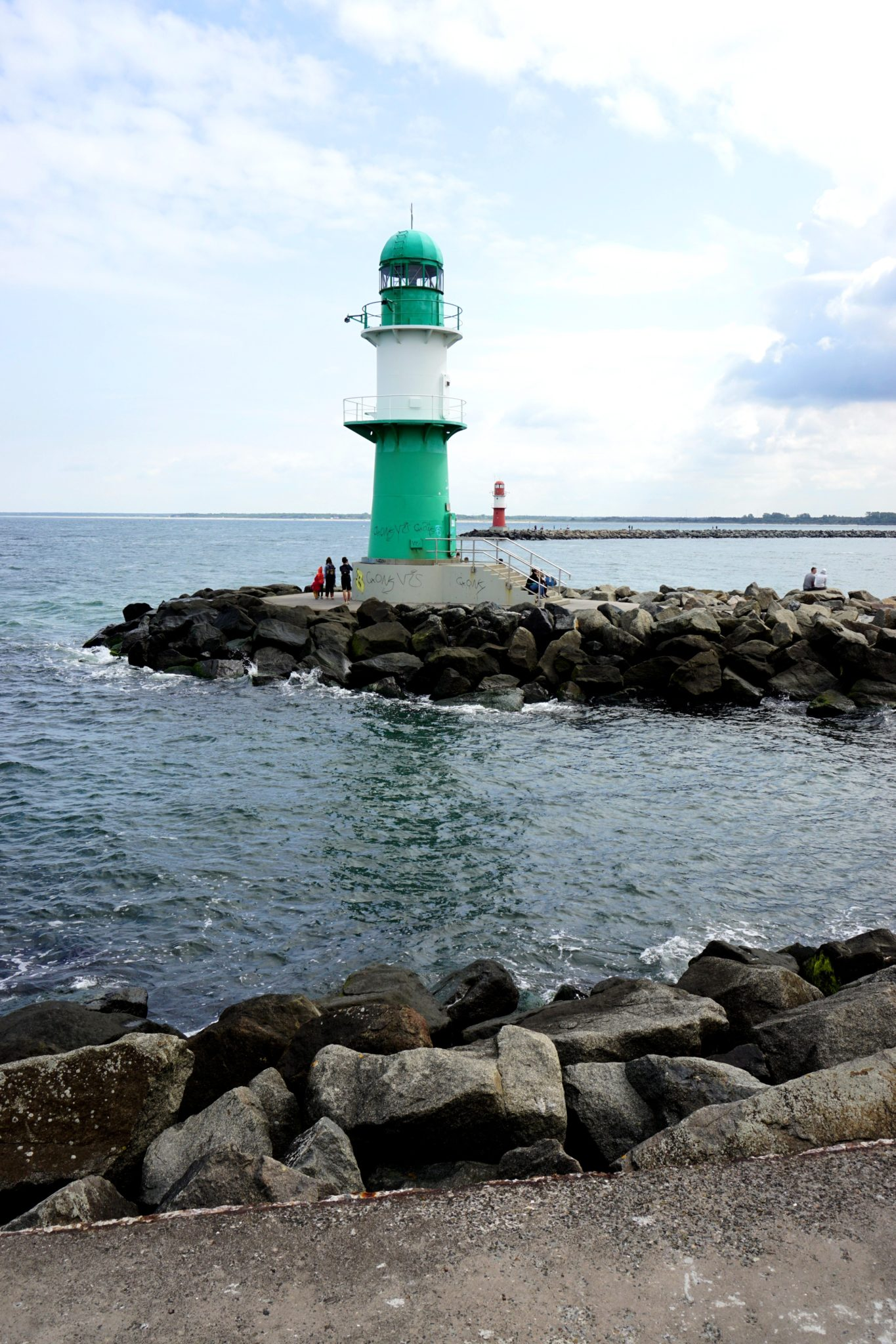 The west pier in Warnemünde runs 500 meters into the Baltic Sea.