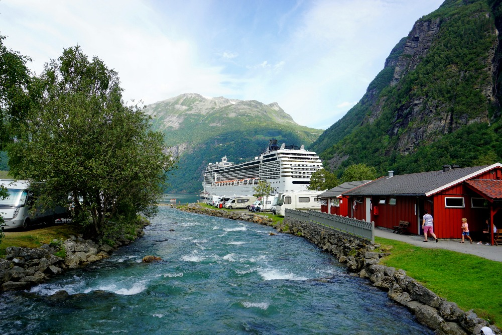 The MSC Poesia in Geiranger.